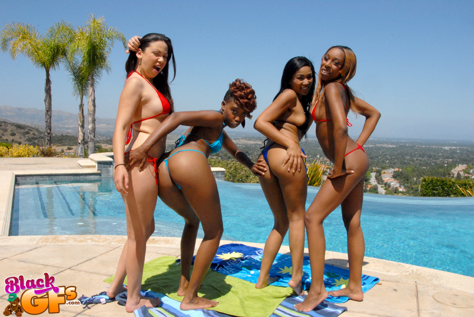Foursome With Hot Dykes - Blackpornphotos-1805